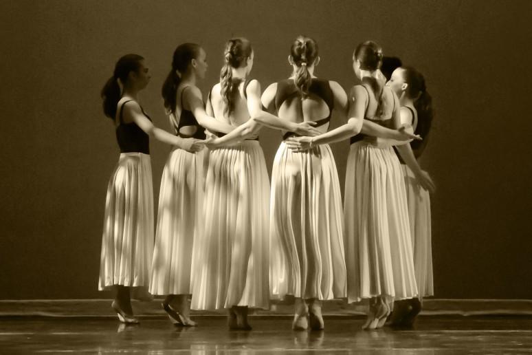 Dimensional Dancers  Chloe Knopf, Samantha Govoni, Kirsten Glaser, Becky DeNIes, Matisse Madden, Elisa Wharton, Fhi B-Ado