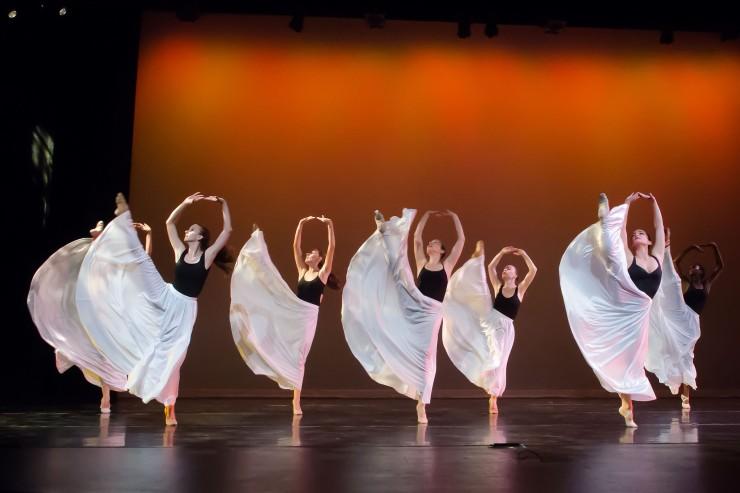 Dimensional Dance at 5x5