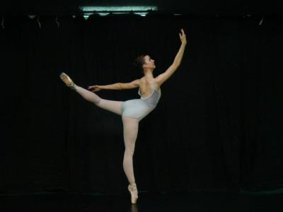 Kirsten Arabesque