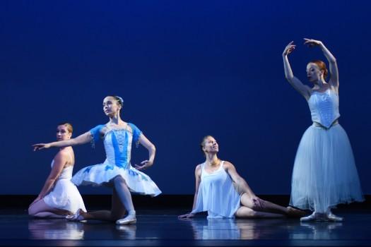 1 ballet finishing pose